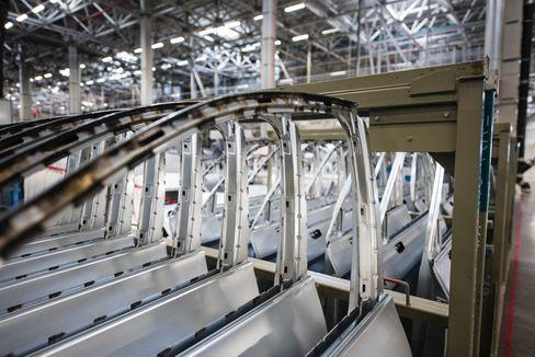 Intelligente fabrikker med ny teknologi er fremtiden sier Thommy Stenvik.